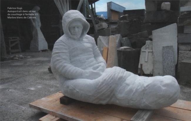 Sculptures et sépultures
